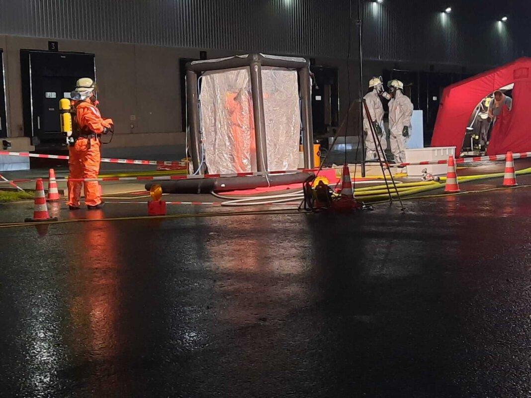 Der ABC-Zug des Kreises Unna, dem auch Feuerwehrleute aus Werne angehörigen, waren in Bönen im Einsatz. Foto: Feuerwehr Werne
