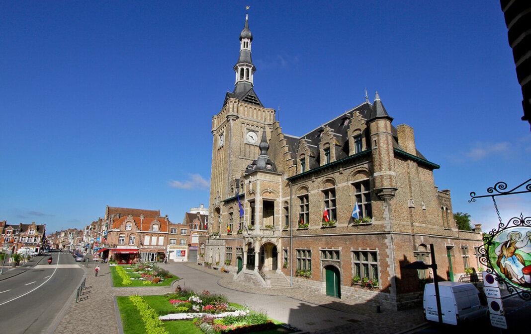Im Bailleuler Rathaus sitzt seit den Kommunalwahlen in Frankreich ein neuer Bürgermeister. Foot: Viefhues/Stadt Werne