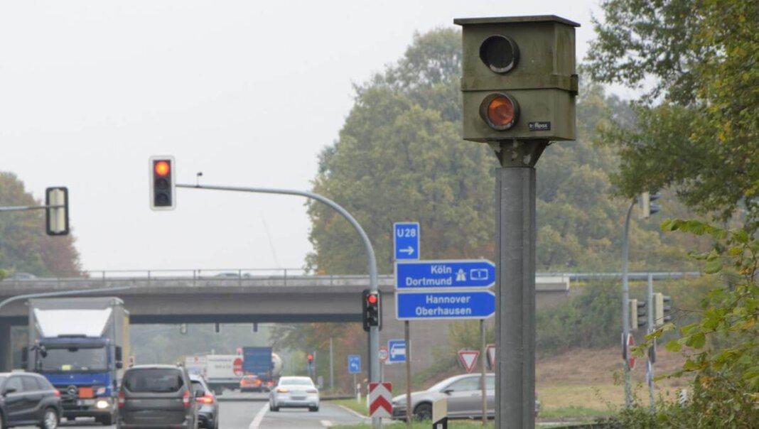 Der Starenkasten an der Nordlippestraße ist längst nicht mehr aktiv. Die Verkehrsüberwachung hat auf Lasertechnik umgestellt. Foto: Hillebrand (A)