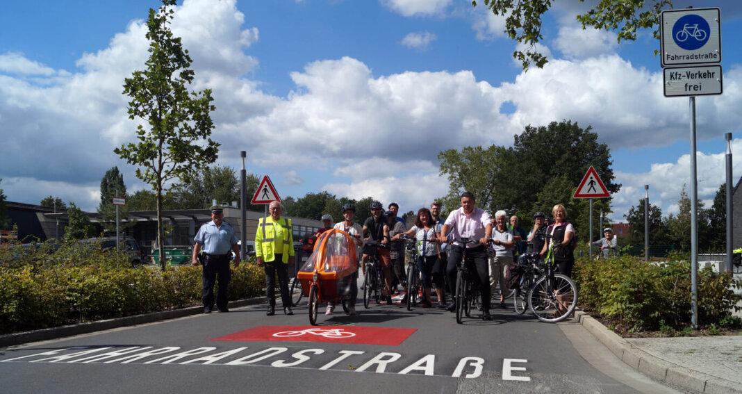 Der Wunsch, den Sandforter Weg für Radfahrer mehr zu öffnen, war schon seit vielen Jahren da. Jetzt ist es offiziell. Foto: M. Woesmann / Stadt Selm
