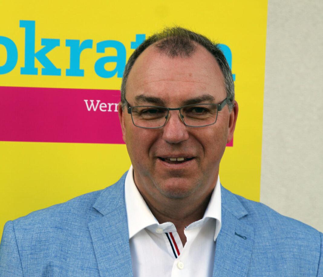Artur Reichert, Vorsitzender der FDP Werne, begründete den Verzicht auf einen eigenen Bürgermeisterkandidaten. Foto: Wagner