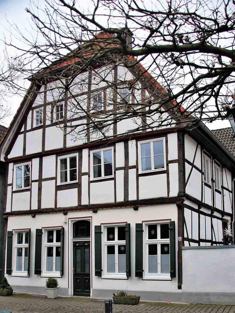 Als Vorbild stellen die Altstadtfreunde das Gebäude Roggenmarkt 8 heraus. Foto: Karl-Heinz Schwarze