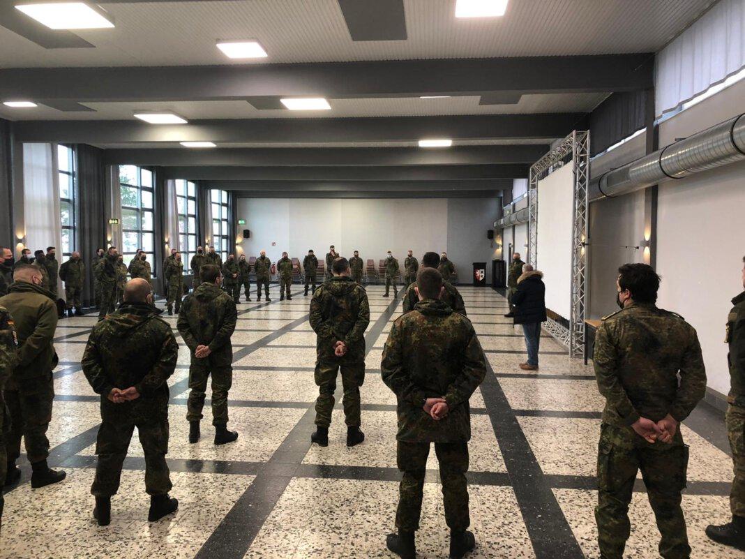In der Glückauf-Kaserne in Unna-Königsborn wurden die Soldatinnen und Soldaten begrüßt. Foto: Bundeswehr