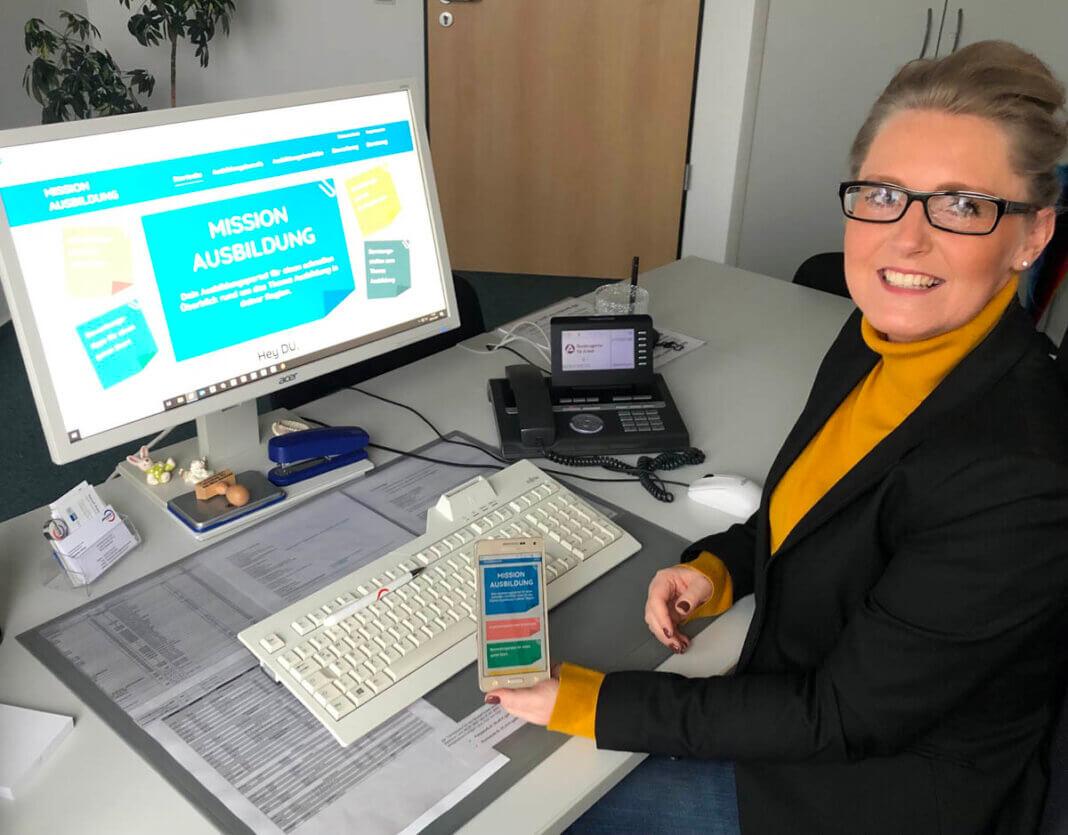 Margarete Hering präsentiert die Plattform. Foto: Katja Mintel/Jobcenter Kreis Unna