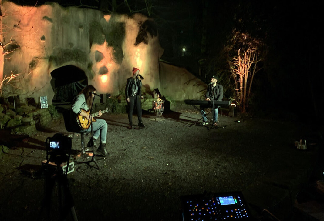 Die Band Red Ivy spielte am Abend bei der Veranstaltung für die Erwachsenen der Freilichtbühne. Foto: Privat