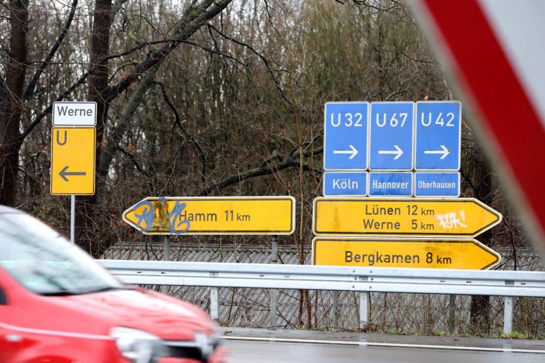 In der nächsten Woche soll der Verkehr über den Ostenhellweg wieder in beide Richtungen rollen. Foto: Volkmer