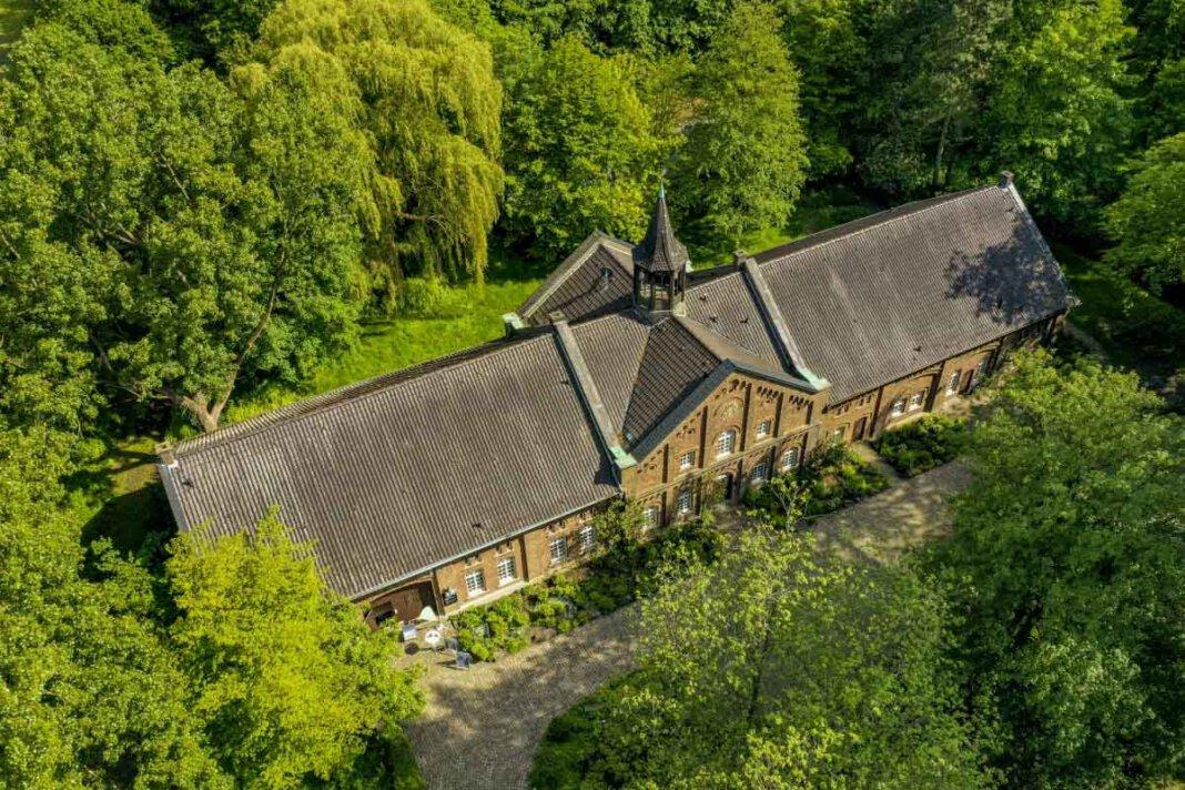 Das Museum der Stadt Lünen im Wirtschaftsgebäude von Schloss Schwansbell darf wieder öffnen. Foto: Stadt Lünen