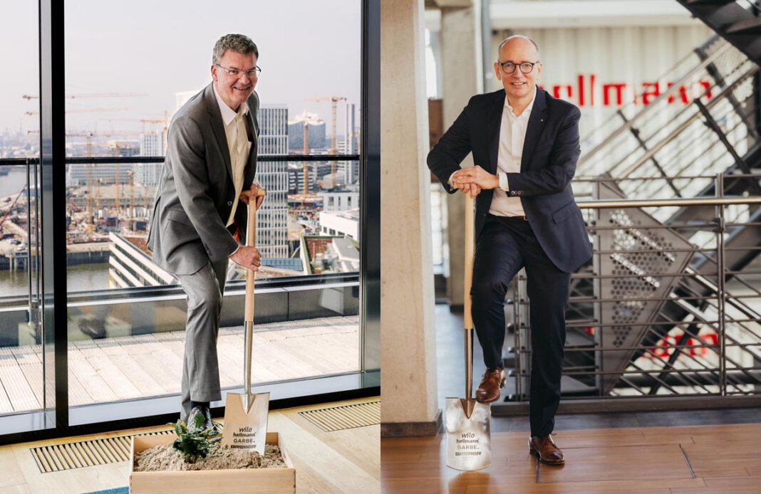 Digitaler Spatenstich Werne mit Jan Dietrich Hempel (l.) und Volker Sauerborn. Foto: Garbe Industrial Real Estate