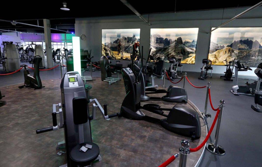 Das größte Studio in Werne ist derzeit wegen der Corona-Pandemie noch geschlossen, dennoch laufen im Sport- und Gesundheitscenter Feel-Fit Werne die Vorbereitungen für die erneute Öffnung. Ein neues Rückenzentrum ist in Planung. Foto: Volkmer