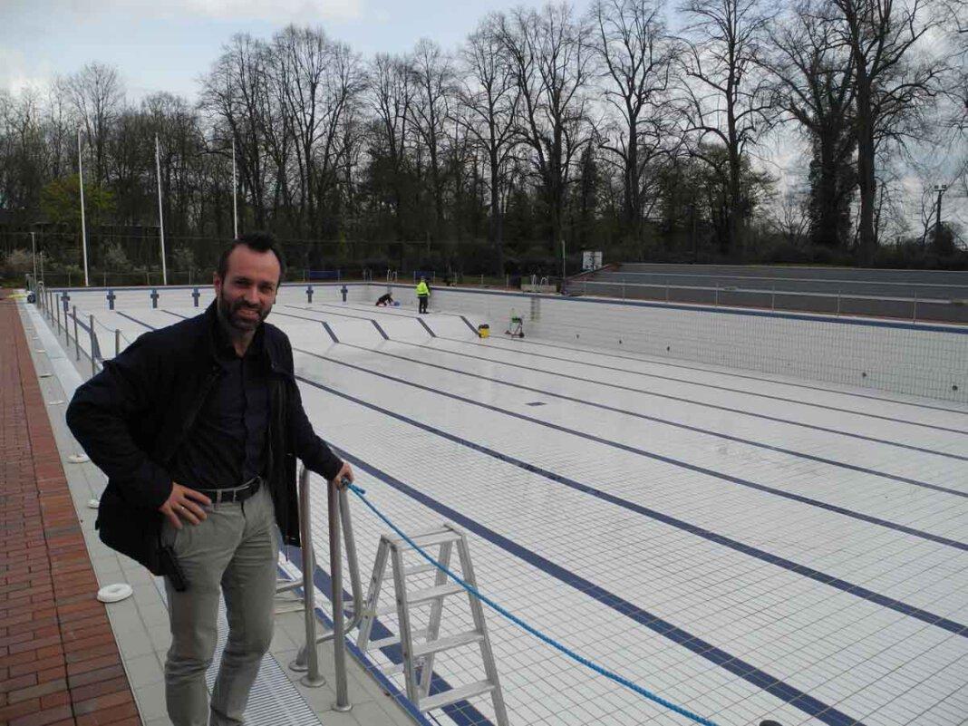 Karsten Langstein, kaufmännischer Leiter des Solebads, hofft auf einen baldigen Saisonstart. Foto: Klaus Brüggemann