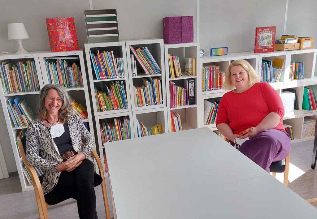 Martina Stolte (links) und Stefanie Heider können sich nach turbulenten Wochen ein wenig zurücklehnen und durchatmen. Foto: Wagner