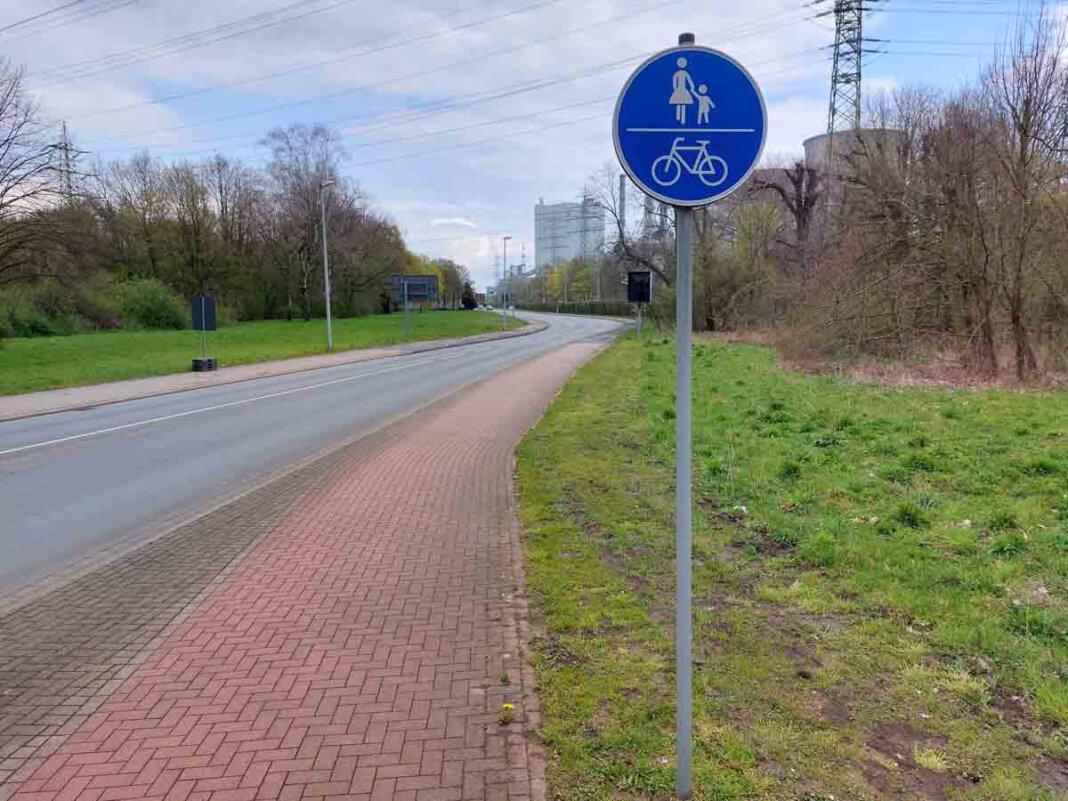 Auf beiden Seiten weise der Radweg erhebliche Mängel auf, schreibt die UWW. Foto: Wagner