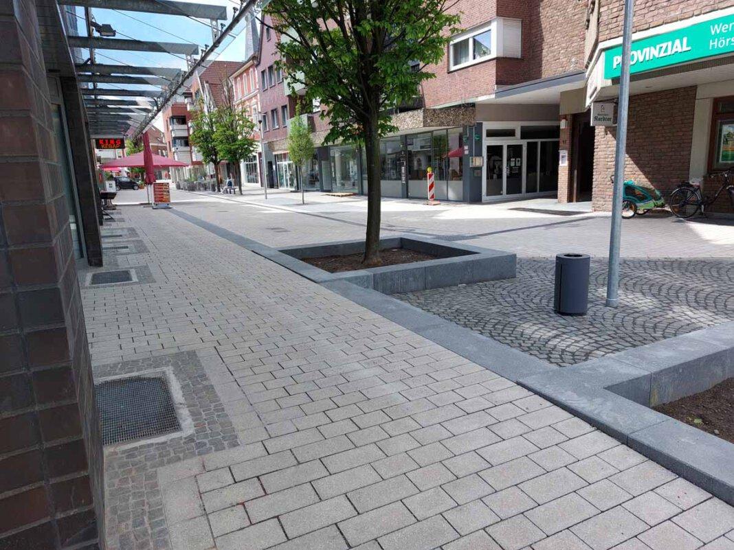 Die Bonenstraße sei so gestaltet, dass Bürger, Kunden und Besucher sich dort gerne aufhielten und wohlfühlten. Sie lade zum Stadtbummel und Verweilen ein und sei damit auch ein wichtiger Wirtschafts-, Tourismus- und natürlich auch Wohlfühlfaktor für die Stadt Werne, heißt es seitens der Verwaltung. Foto: Wagner