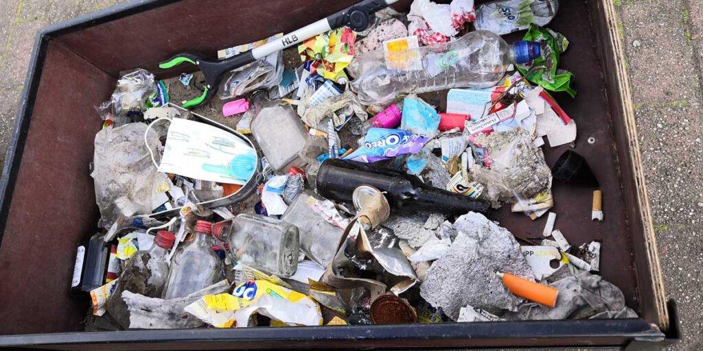 Eine beachtliche Ausbeute konnten die jungen Müllsammler wieder vorweisen. Foto: Isabel Schütte