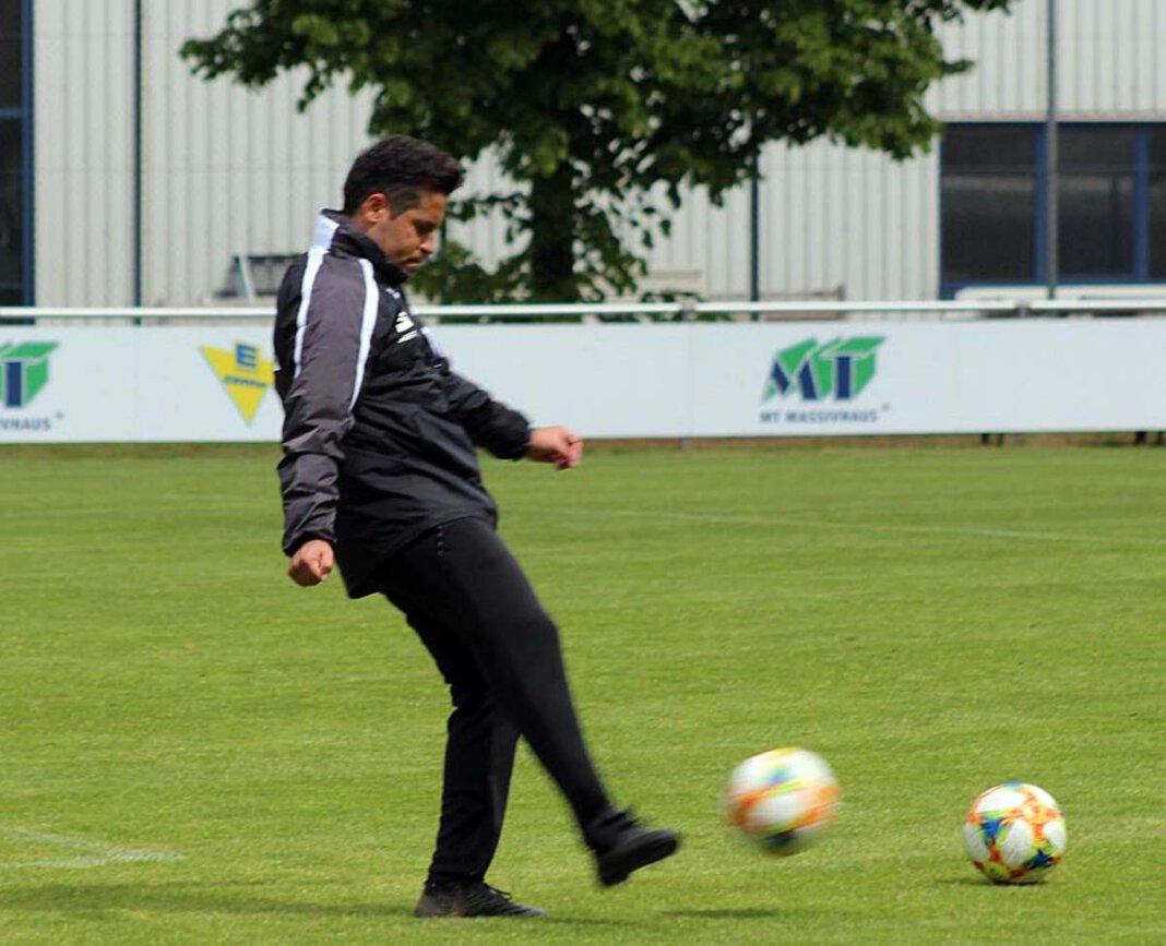 """Kurtulus """"Kutte"""" Öztürk fiebert der Fußball-EM entgegen und macht beim WERNEplus-Tippspiel mit. Foto: Privat"""
