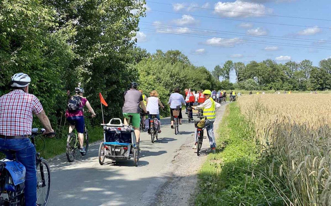Bei der dritten Protest-Radtour der BIN wurde bekannt, dass die Bürgerinitiative die erforderlichen Stimmen für einen möglichen Bürgerentscheid bereits zusammen hat. Foto: BIN