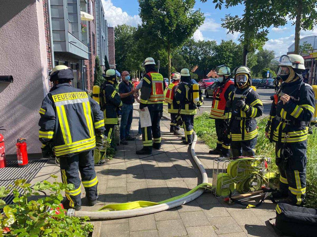 Der Kellerraum des Hotels wurde von einem Trupp der Freiwilligen Feuerwehr Werne erkundet und im Anschluss gelüftet. Foto: Feuerwehr Werne