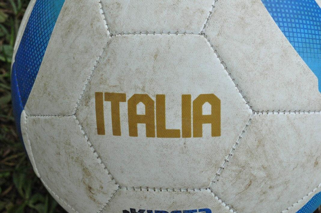 """Italien siegte im Elfmeterschießen gegen England und ist neuer Fußball-Europameister. Auch """"Werne tippt die EM"""" hat einen Sieger. Foto: pixabay"""