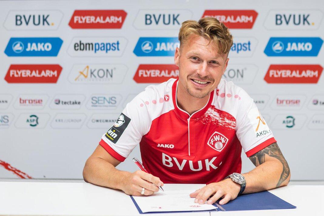 Der Werner Fußballer Marvin Pourie hat beim FC Würzburger Kickers unterschrieben. Foto: Silvia Gralla/FC Würzburger Kickers