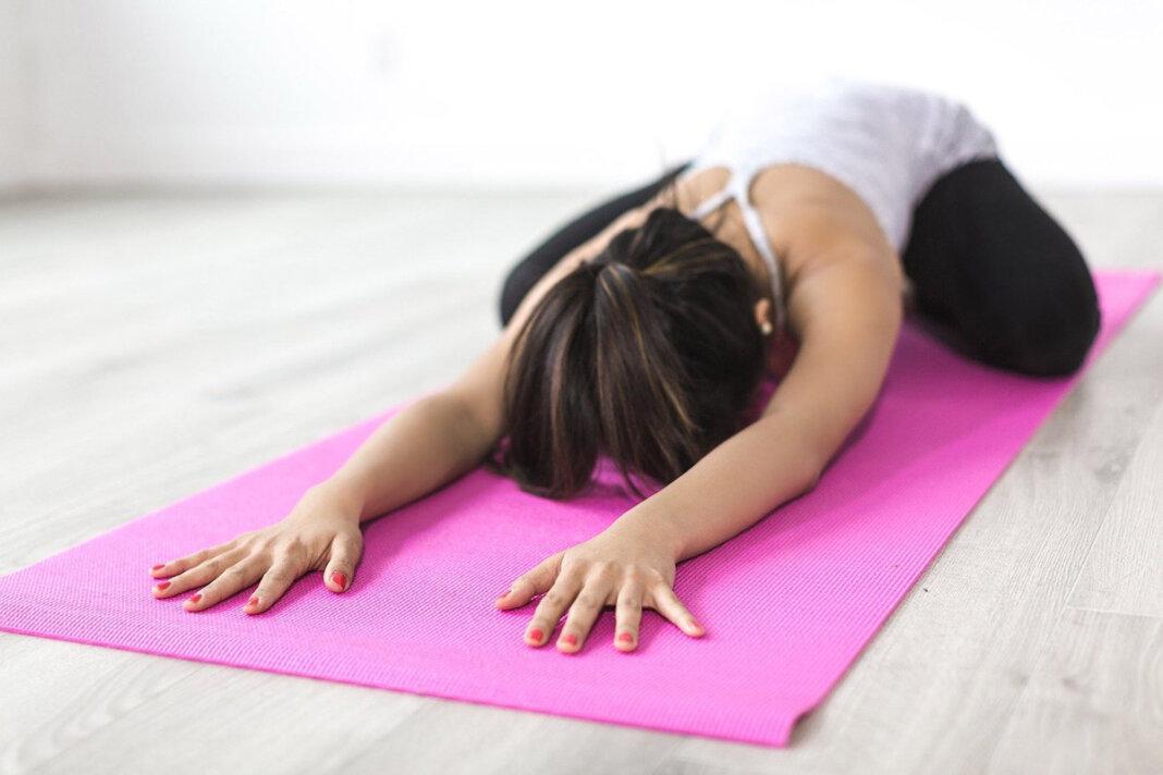 Bei der Volkshochschule Werne gibt es einen Einstieg in Yoga. Symbolfoto: pixabay