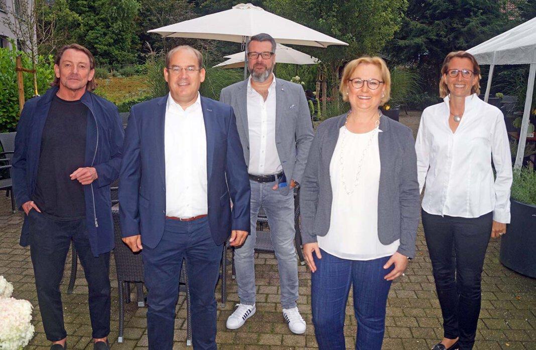"""Der Vorstand des Lions Club """"Werne in Westfalen"""" (von links): Wolfgang Bille, Peter Buderath, Arnd Zimmermann, Bettina Stilter und Claudia Bleckmann. Foto: LC"""