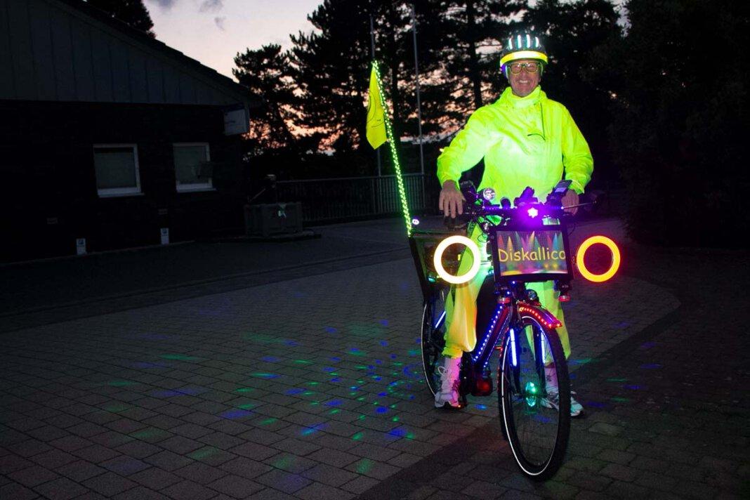 Karl Jehle ist seit einiger Zeit mit seiner rollenden Disko in Herbern und Umgebung unterwegs. Foto: Isabel Schütte