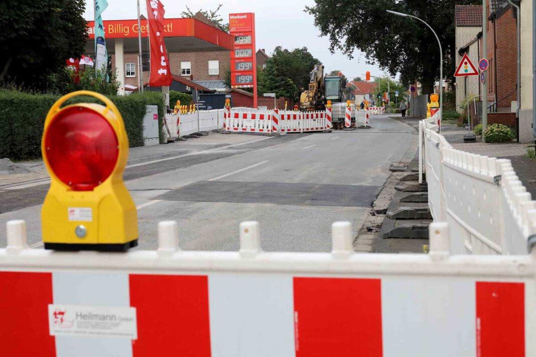 Die Arbeiten an der Dauerbaustelle Horster Straße seien weitgehend abgeschlossen, berichtet Versorger Westnetz am Freitag (6. August) - und nimmt die nächste Straße ins Visier. Foto: Volkmer
