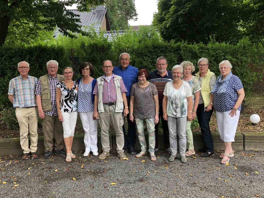 15 Ehemalige des Entlassjahrgangs 1961 der Wiehagenschule trafen sich wieder. Foto: Reinhard Schulz