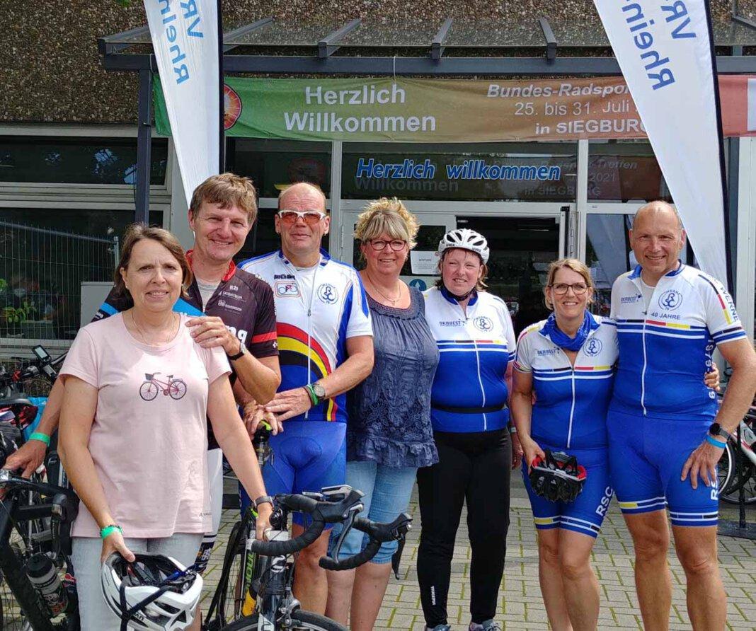 Sieben der zehn Aktiven des RSC Werne, die am Bundesradsporttreffen in Siegburg teilgenommen haben. Foto: RSC