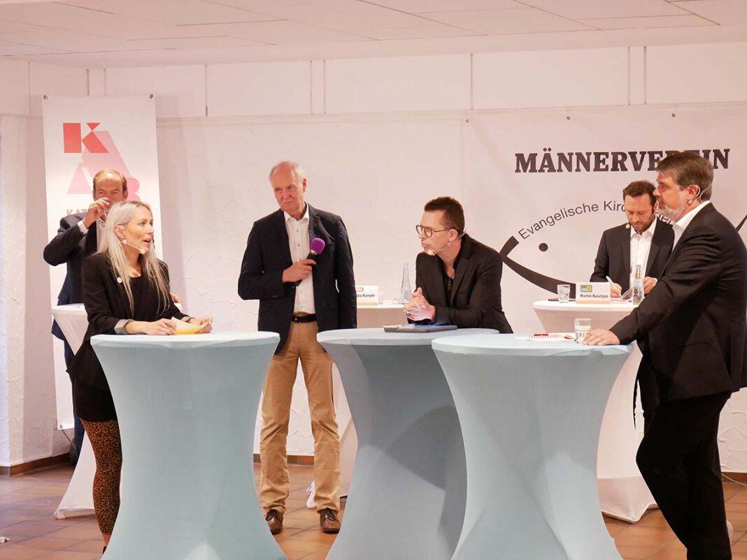 """Diskutierten lebhaft bei """"Werne vor der Wahl"""": (von links) Rebekka Kämpfe, Dirk Oehler, Dominik Pfau, Martin Kesztyüs und Michael Thews. Foto: Gaby Brüggemann"""