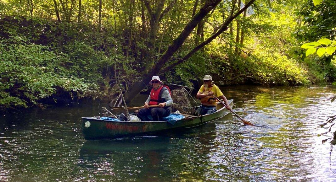 Die Stockumer Kanuten säuberten am vergangenen Samstag die Lippe, sammelten Unmengen von Plastikmüll. Foto: Carolin Bille