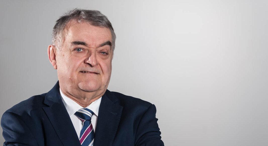 NRW-Innenminister Herbert Reul kommt zum Wahlkampf-Abschluss nach Werne. Foto: Roland Rochlitzer