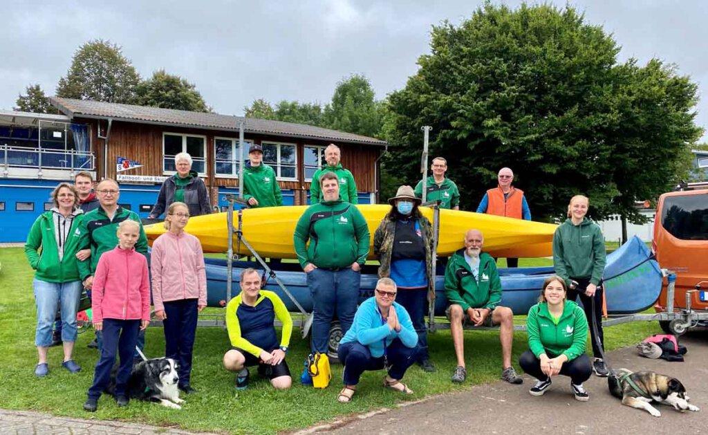 Die Stockumer Kanuten paddelten im September auf der Weser. Foto: Carolin Bille