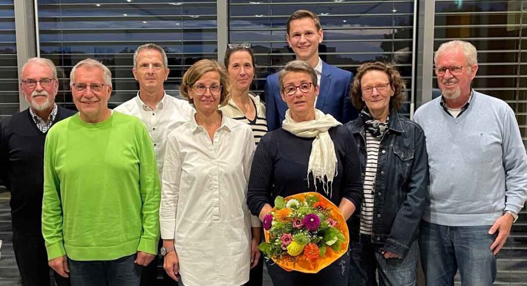 Der neue Vorstand mit (von links): Konrad Günther (Beisitzer), Mario Neubauer (Kassenprüfer), Martin Wulfert (Kassierer), Sandra Wulfert (Beisitzerin), Dagny Dammermann (1. Geschäftsführerin), Dr. Andrea Bokelmann (2. Geschäftsführerin), Benedict Dammermann (Vorsitzender), Hilke Dählmann-Heinecke (Kassenprüferin) und Peter Spaeth (Beisitzer). Foto: ICW